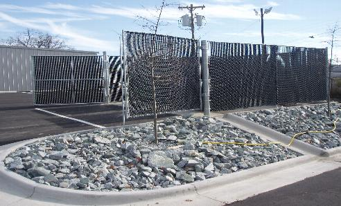 Commercial-Chain-Link-Fences.jpg